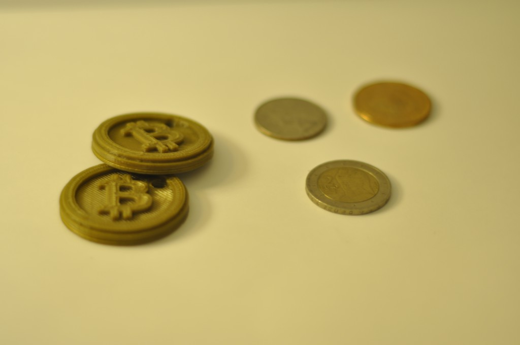 CryptoJunky Review: 3D Printing For Bitcoin – Combining